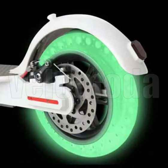 Шина литая для электросамоката Xiaomi Mijia Electric Scooter M365 8.5*2.0 (Зеленый флуоресцент)