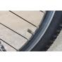 Светящийся колпачок на ниппель для велосипеда (синий/зеленый/красный)