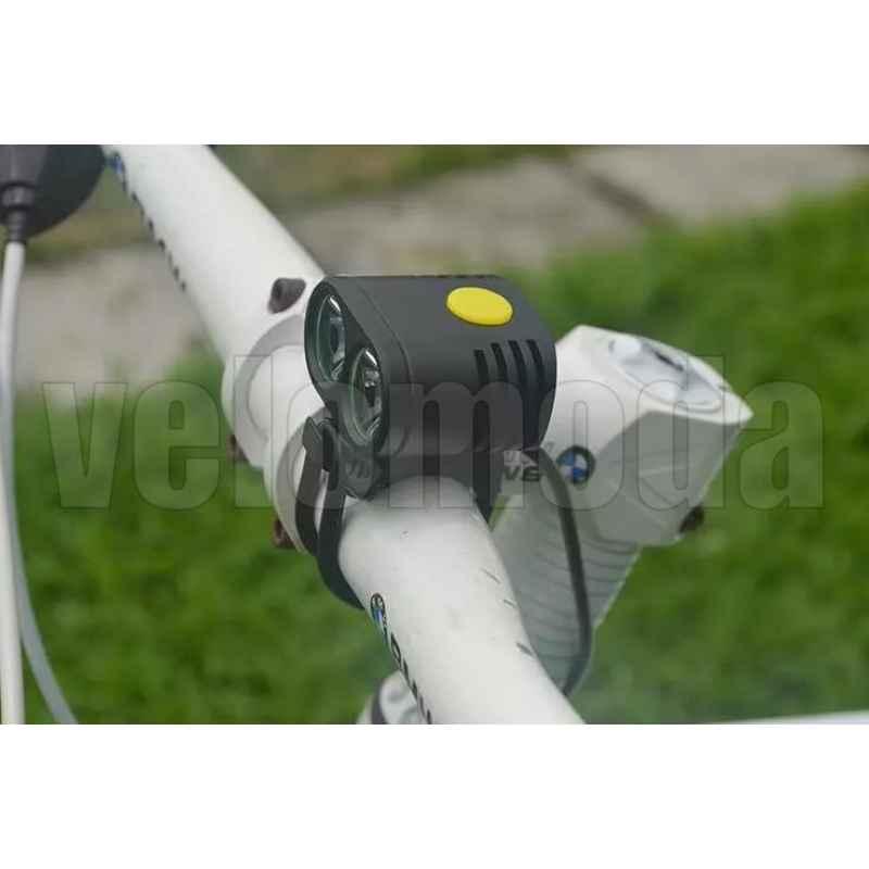 Фонарь велосипедный B20 2000Lm, 8800 mAh