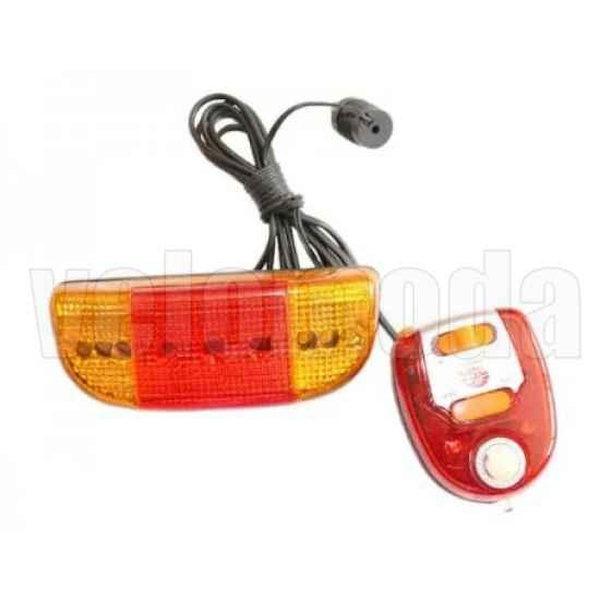 Габаритный фонарь с поворотниками и сигналом XC-406